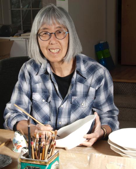 Beth Lo, ceramicist